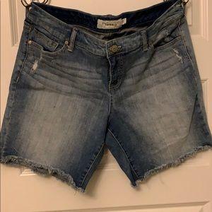 Torrid Mid Thigh Shorts Size 16